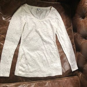Express cream ivory lace top full sleeve round